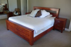 Redgum bed setting  2